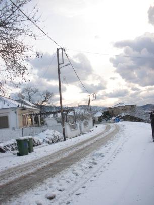 Χιονισμένος κεντρικός δρόμος